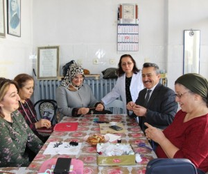 Başkan Tutal'dan kadınlara 8 Mart jesti