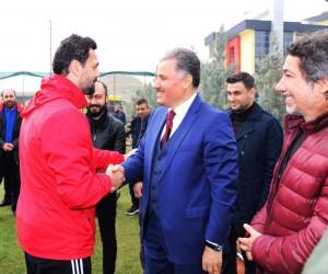 Ahmet Çakır'dan E.Yeni Malatyaspor'a Fenerbahçe morali