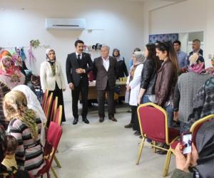 AK Partili kadınlar Samsatlı depremzede kadınlarla buluştu
