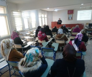Kadınlara KOSGEB eğitimi veriliyor