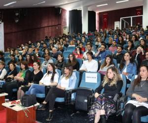 Alanya'da kadın ve turizm konulu konferans
