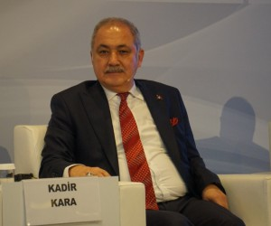 Kara, Akdeniz Ekonomi Forumu'na konuşmacı olarak katıldı