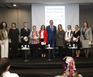 Mersin'de 'Azimli Kadınlar Güçlü Yarınlar' paneli