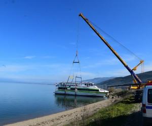 Akşemsettin Gemisi İznik Gölü'nden çıkartıldı