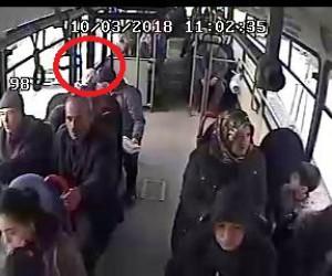 Otobüste ölüm kamerada