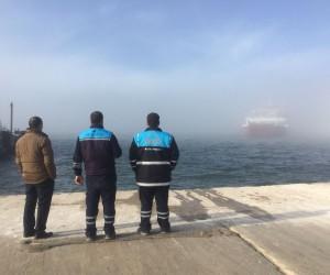 Sis sebebiyle gemiler yanaşamadı