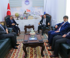Adil Gevrek'ten Gürkan'a ziyaret
