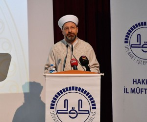 """Diyanet İşleri Başkanı Prof. Dr. Erbaş: """"İslam'la ilgili yazan, konuşan, haber yapan herkes daha dikkatli olmak zorundadır"""""""