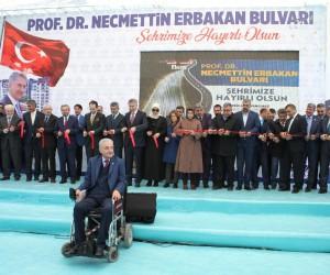 Fatih Erbakan babasının adı verilen bulvarın açılışına katıldı