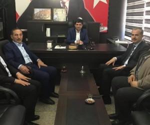 AK Parti Adıyaman yönetimi Aslan ile bir araya geldi
