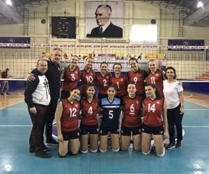 Yaşar Üniversitesi Ege'yi finallerde temsil edecek