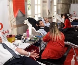 Adana Adliyesinde kan bağışı kampanyası