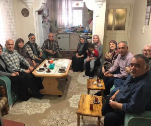 Başkan Yaman'dan umreden gelen vatandaşlara ziyaret