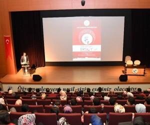 Mehmet Akif Ersoy Adıyaman Üniversitesinde anıldı