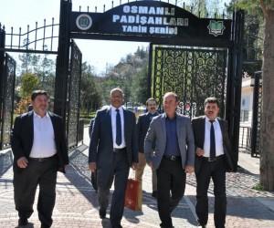 Dr. Muhammed Al Adil, Osmanlı Padişahları Tarih Şeridini ziyaret etti