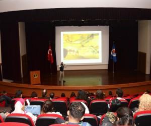 MEÜ'de 'Batı Resminde Yemek Kültürü Üzerine Bir Yorumlama' konferansı