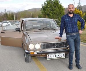 Fabrikadan çıktığı gibi duran 1988 model otomobiline paha biçemiyor