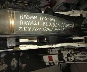 Askerler, Başkan Akcan'ın ismini obüs topunun üstüne yazdı