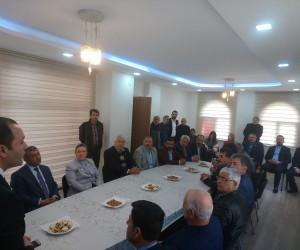 Milletvekili Erdem Malatya'da muhtarlar ile bir araya geldi