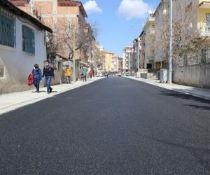 Fırat Mahallesinde asfalt çalışması yapıldı