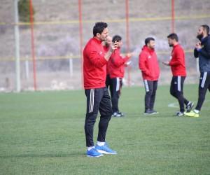 E.Yeni Malatyaspor'da Erol Bulut eleştirilere yanıt verdi