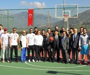 23. Spor Şenliği açılış maçıyla başladı