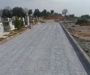 Kemer Mezarlığı yenilenen yolları ile modernleşiyor