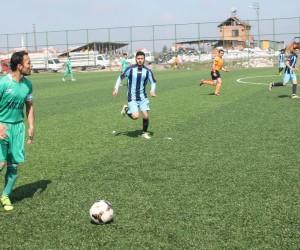 Amatörde Play-Off yarı final maçları Pazar günü oynanacak