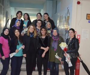 Kula AK Parti hastane personelinin bayramını kutladı
