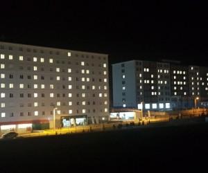 Yurt binasını 'Afrin' yazısıyla aydınlattılar