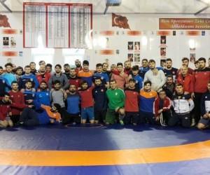 Grokoromen Güreş Milli Takımı'nın 3. kamp dönemi başladı