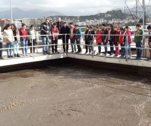 Öğrenciler atık suyun serüvenini öğreniyor