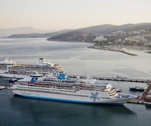 Gemiyle turist getiren acentelere yolcu başına 45 dolar destek verilecek