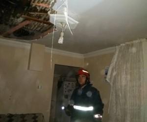 Erenler'deki çatı yangını korkuttu