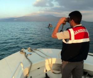 Eğirdir Gölü'nde 250 kerevit sepetine el konuldu