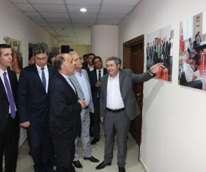Hoy Valisi Abedi'den Van TSO'ya ziyaret