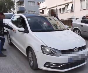 İzmir polisinden film gibi uyuşturucu operasyonu