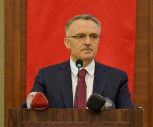 Maliye Bakanı Ağbal'dan yatırım müjdesi