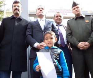Sivas'ta vatandaşlardan gönüllü askerlik başvurusu