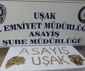 Uşak'ta altın dolandırıcılığı yapan 5 kişi yakalandı
