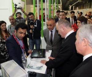 Bilim, Sanayi ve Teknoloji Bakanı Özlü, WIN EURASIA'yı gezdi