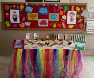 Öğretmen ve veliler ev yapımı sağlıklı yiyeceklere dikkat çekti