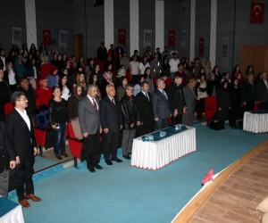 Akşam Sanat Okulu öğrencileri Çanakkale Şehitleri'ni andı
