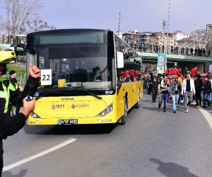 Galatasaray taraftarları Kadıköy'e geldi