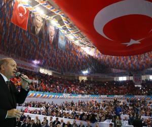 """Cumhurbaşkanı Erdoğan: """"Diyarbakır'la et ile tırnak gibiyiz"""""""
