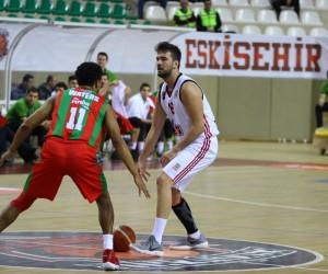 Tahincioğlu Basketbol Süper Ligi: Eskişehir Basket: 66 - Pınar Karşıyaka: 72