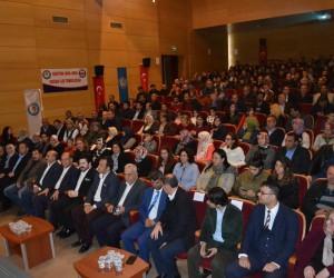 """Eğitim Bir Sen'den """"Büyük Türkiye Davası Konferansı"""""""