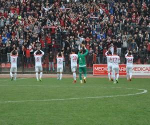 TFF 3. Lig: UTAŞ Uşakspor: 0 - Büyükçekmece Tepecikspor: 0
