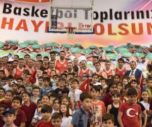 Hidayet Türkoğlu, basketbol topu dağıtım törenine katılacak