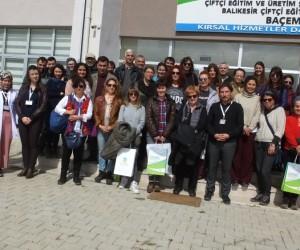 Burhaniye'de Tıbbı ve Aromatik Bitki Yetiştiriciliği Kursu açıldı
